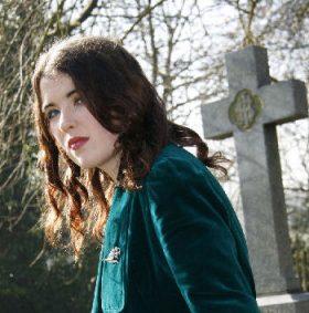 Irish Fiction Friday: Sarah Rees Brennan, The Turn of the Story