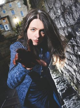 Emma Newman: An Comhrá / The Chat