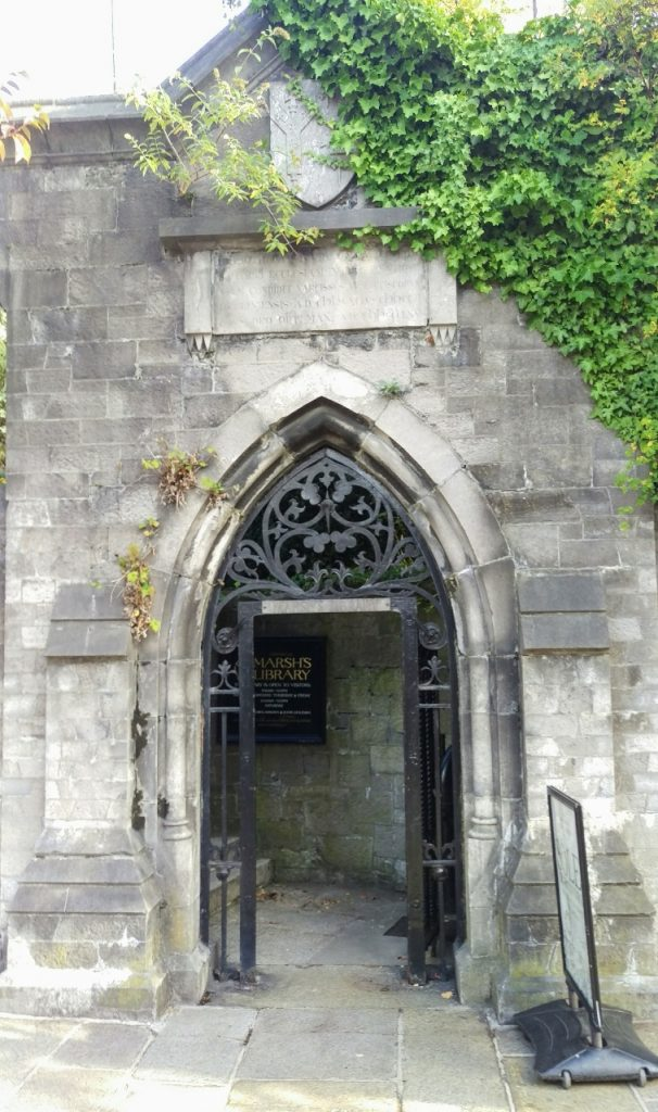 Photo of the gateway to Marsh's Library