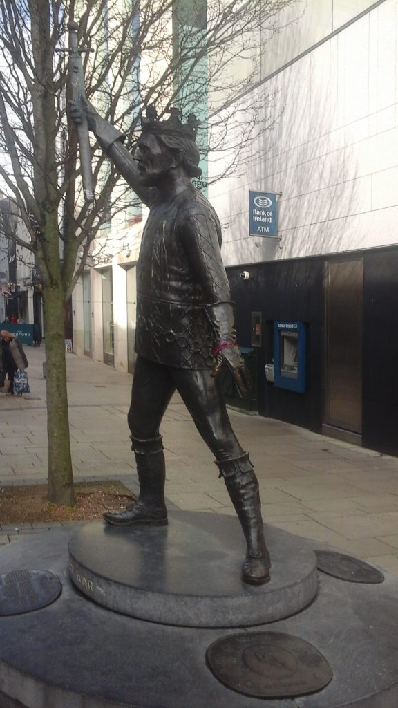 Statue of Richard Harris