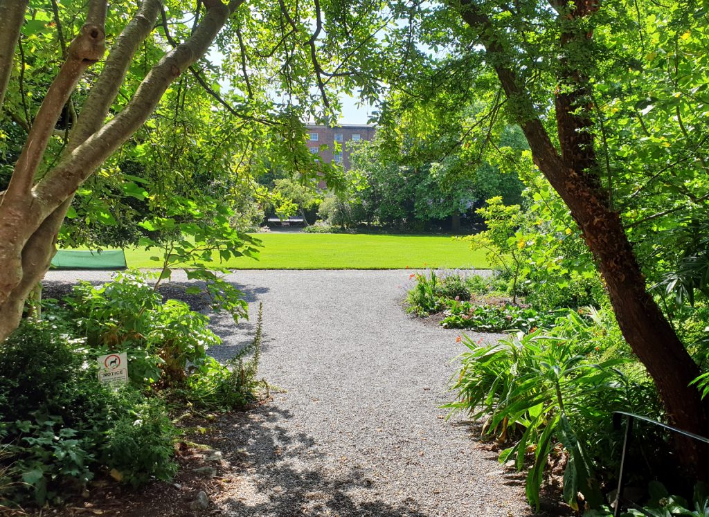 Photo of the gardens of Fitzwilliam Square